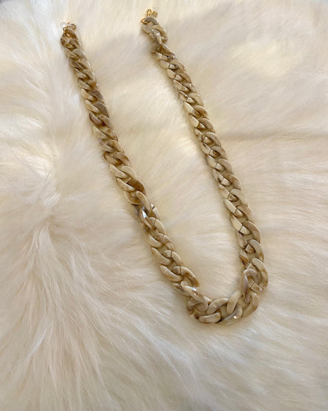 Cream Tortoise Shell Face Mask Chain