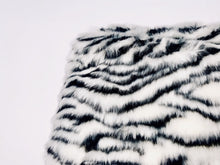 Load image into Gallery viewer, Vegan Fur White Tiger Clutch