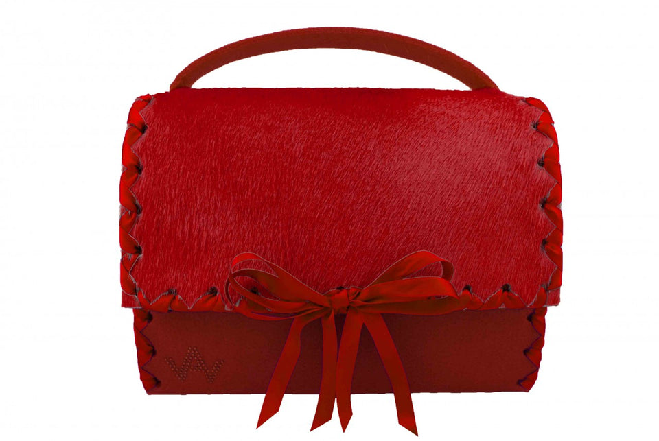 AW Feast For the Eyes Red Dirndltasche bag