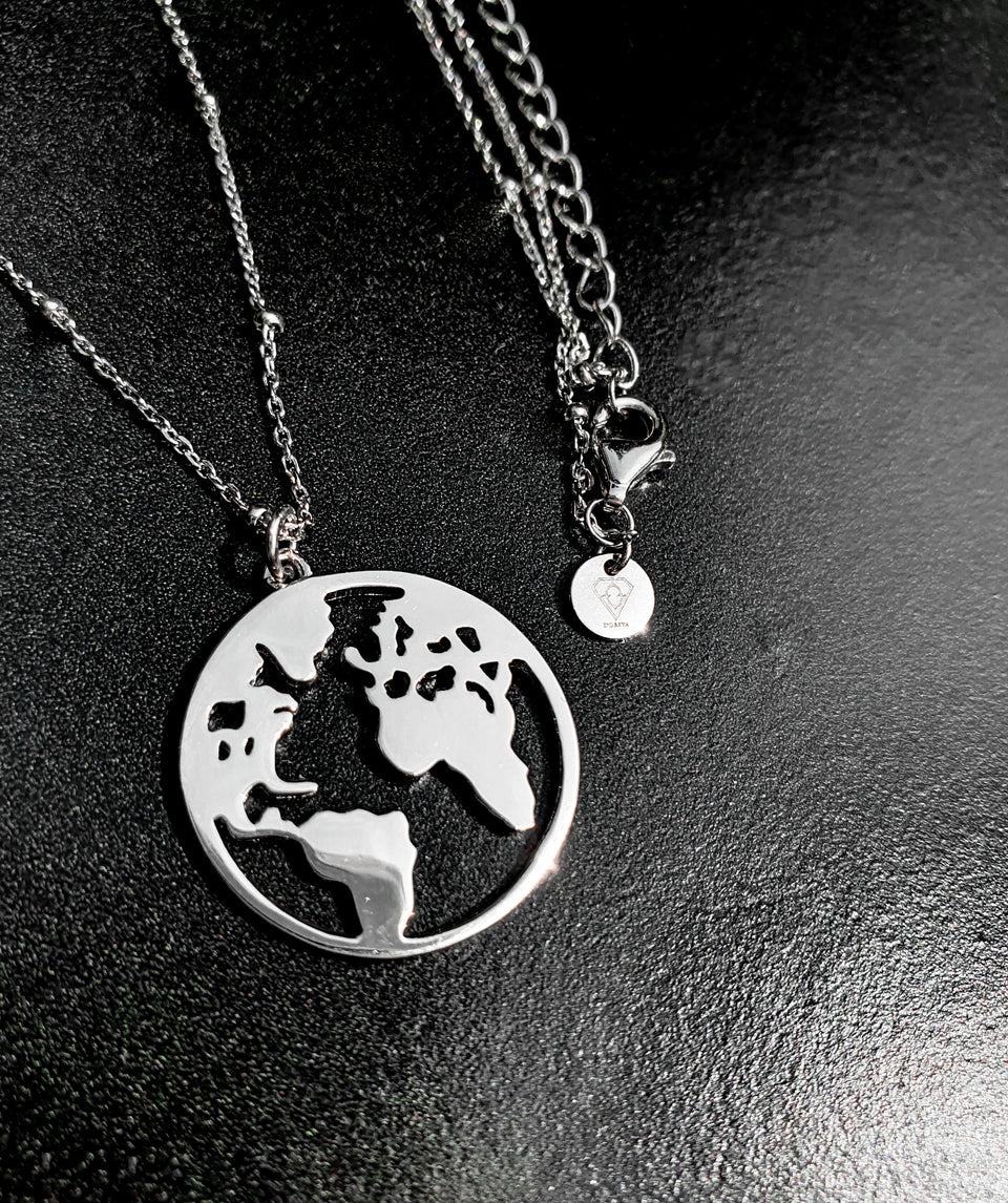 Dorsya world map pendant