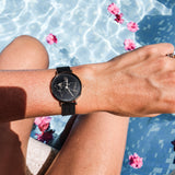 Fortuna | world map dial | black mesh strap | woman watch | Dorsya