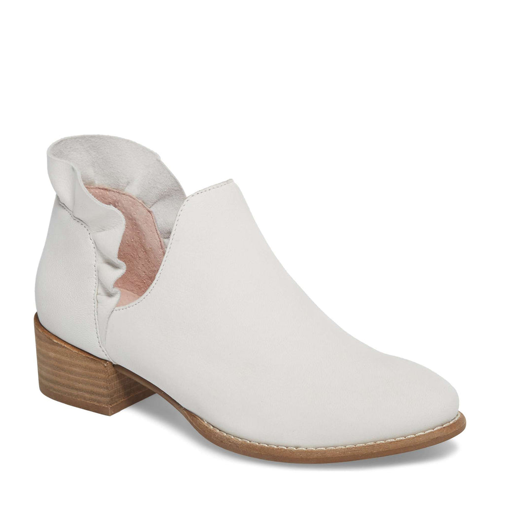 Seychelles Reowned Bootie White Leather