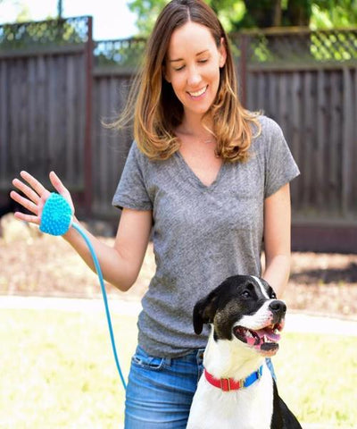 Aquapaw Pet Bathing Tool - Grooming Sprayer-Scrubber - Pet Mall
