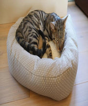 Rosewood Dotty Feline Bed - Pet Mall