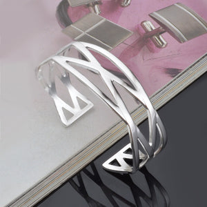 fashion cuff for girls