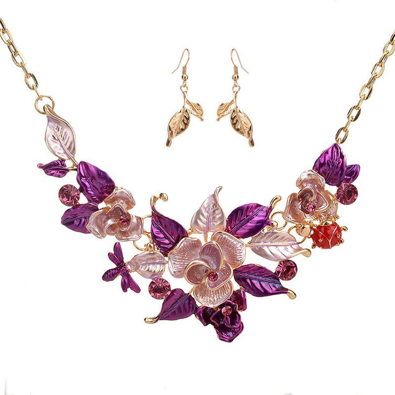 Flower fashion necklace and earrings set
