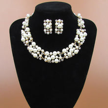Load image into Gallery viewer, pearl necklace and earrings