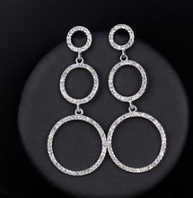 Load image into Gallery viewer, sparkle earrings
