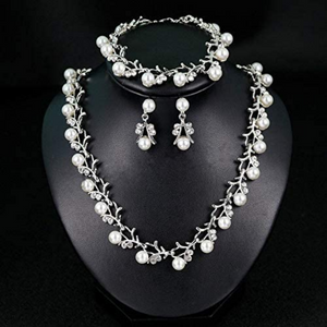 pearl crystal necklace set