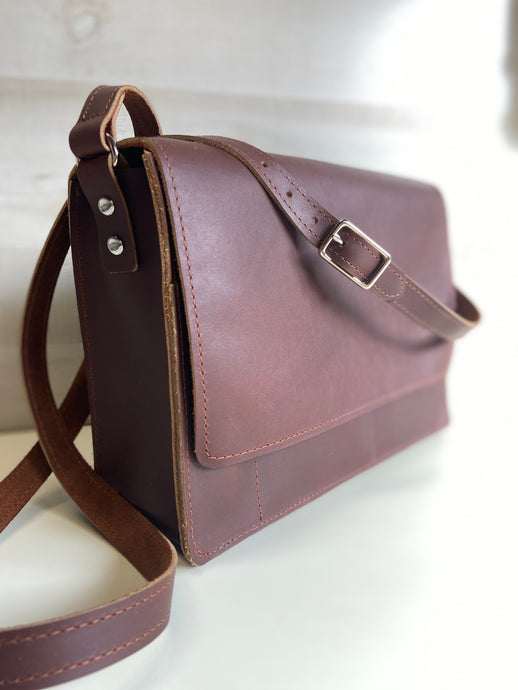 The Sullivan - Mini Messenger Bag - Pecu Leather Co.