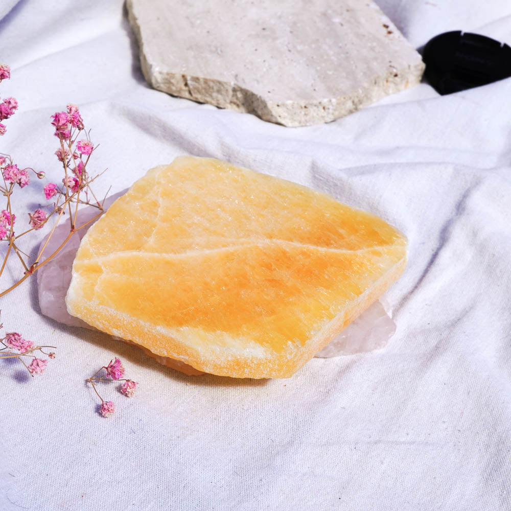 yellow calcite slab