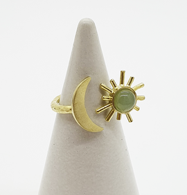Green Aventurine Gold Sun & Moon ring