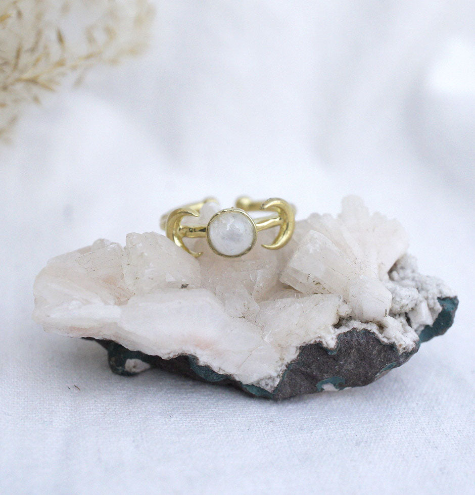 'Iris' Moon Crescent Ring - Moonstone