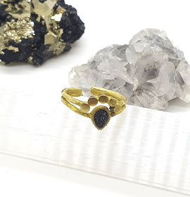 Peacock Gold Ring - Carborundum