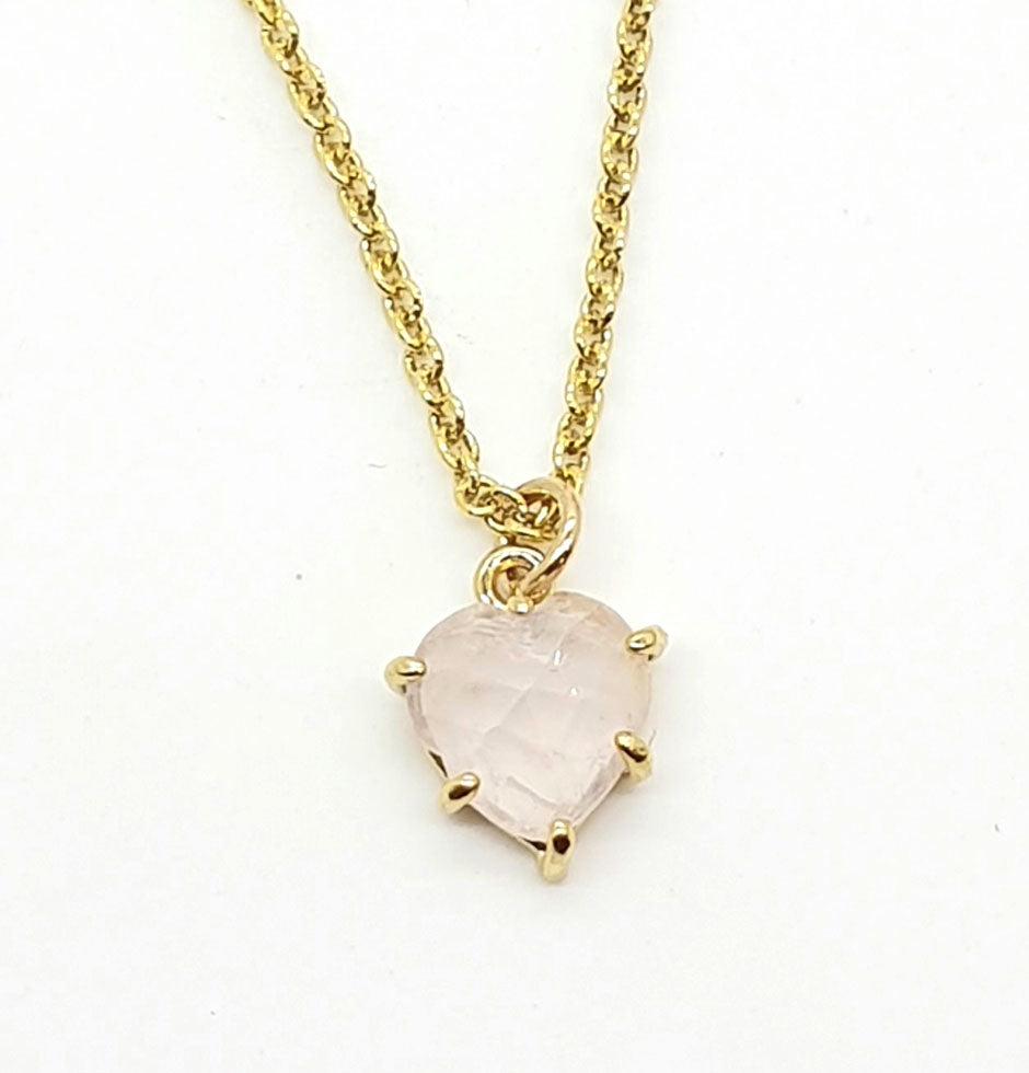 rose quart heart necklace