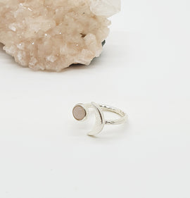 rose quartz silver moon ring