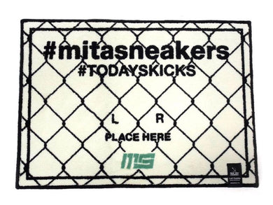 GOODS #TODAYSKICKS TAG MAT