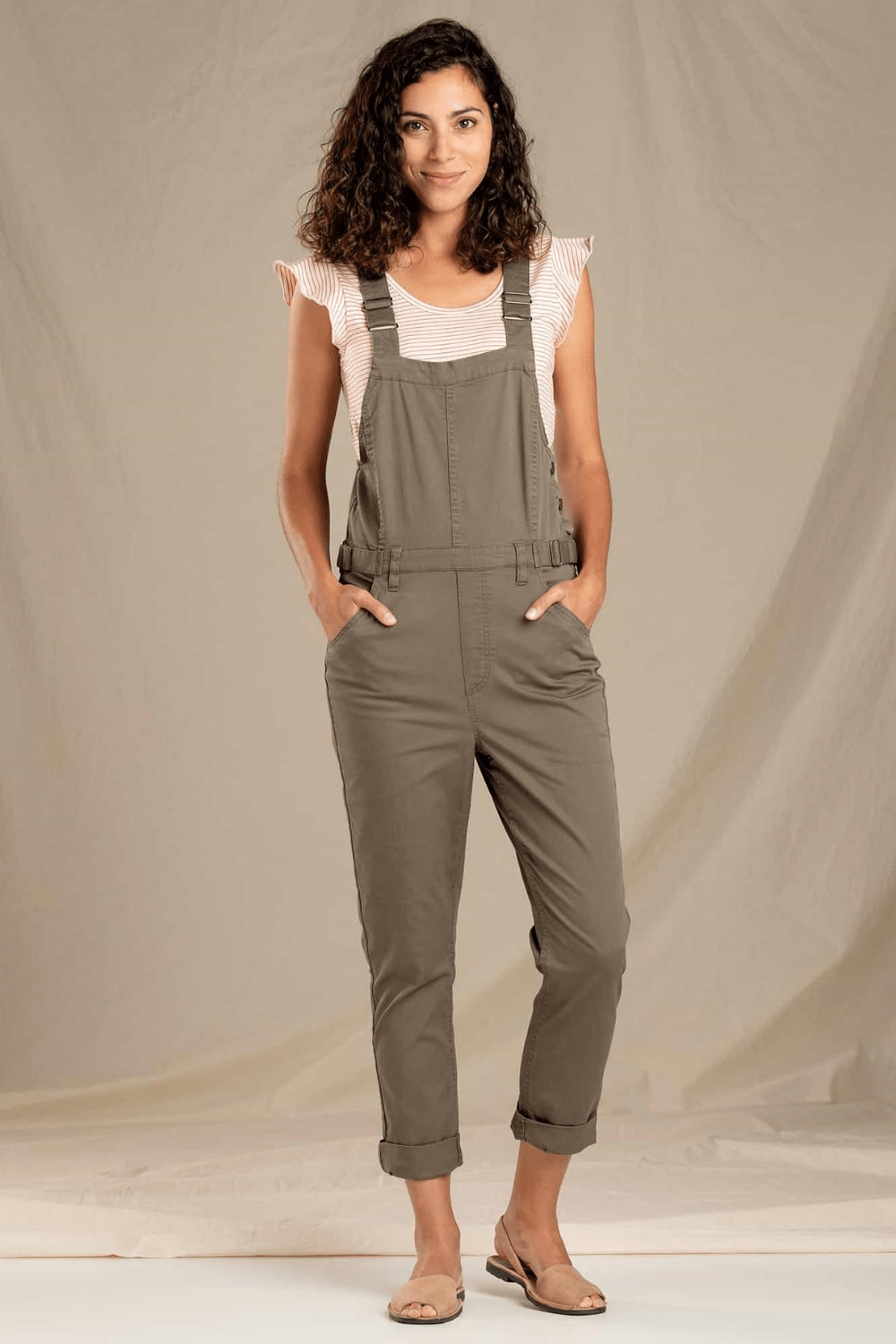 Toad & Co. Women's Pants Touchstone Overalls • Falcon Brown