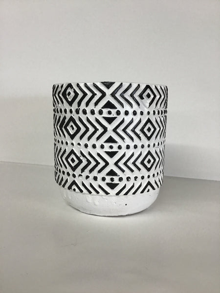 Black & White Pot Arrow Print
