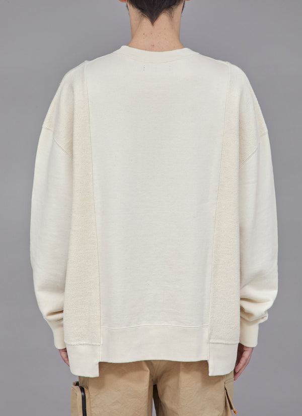 SWITCHED CREWNECK-BEIGE