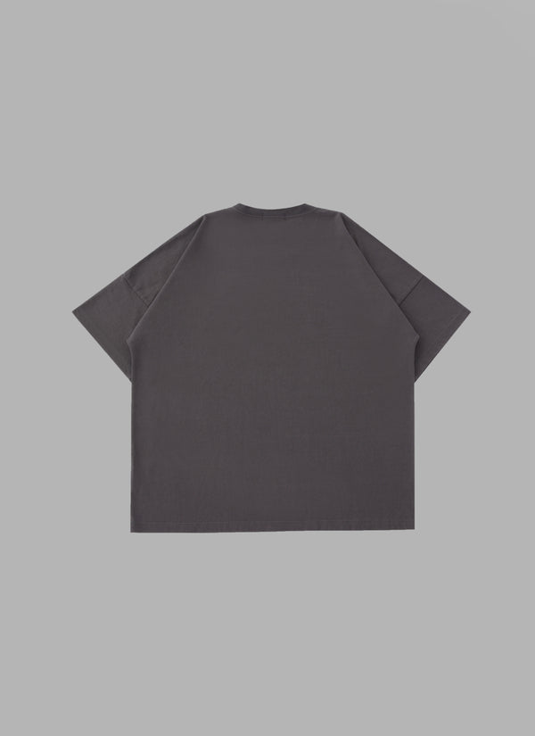 LARGE SIGNATURE LOGO TEE-CHARCOL