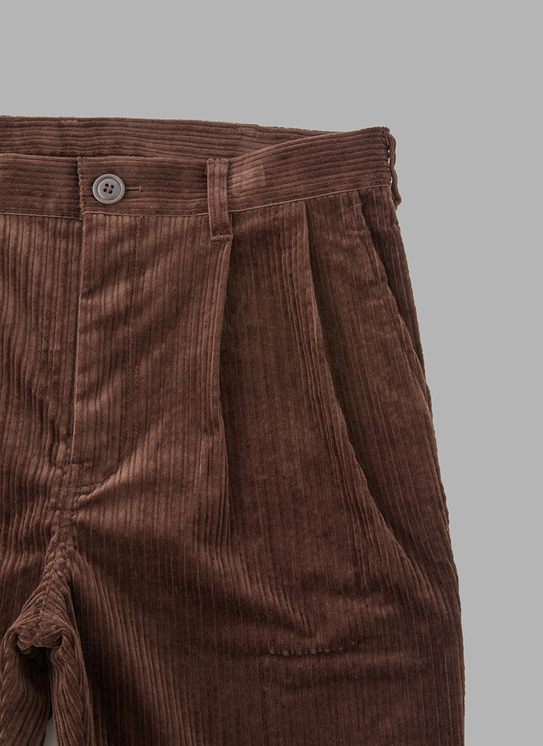 CORDUROY TAPERED JOG PANTS-BROWN