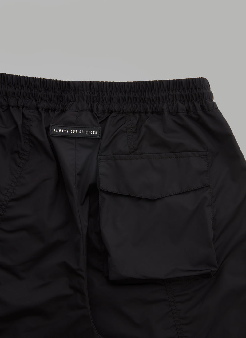 SWITCHED SHELL SHORTS-BLACK