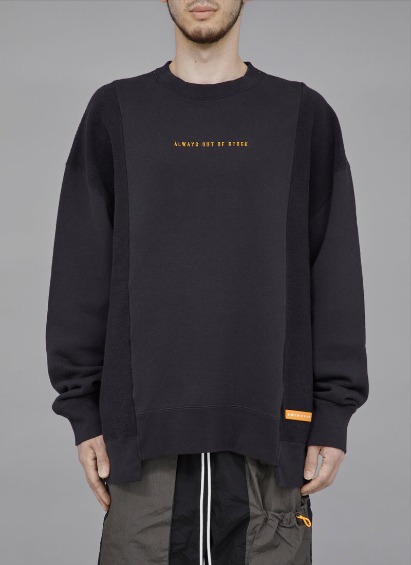 SWITCHED CREWNECK-BLACK