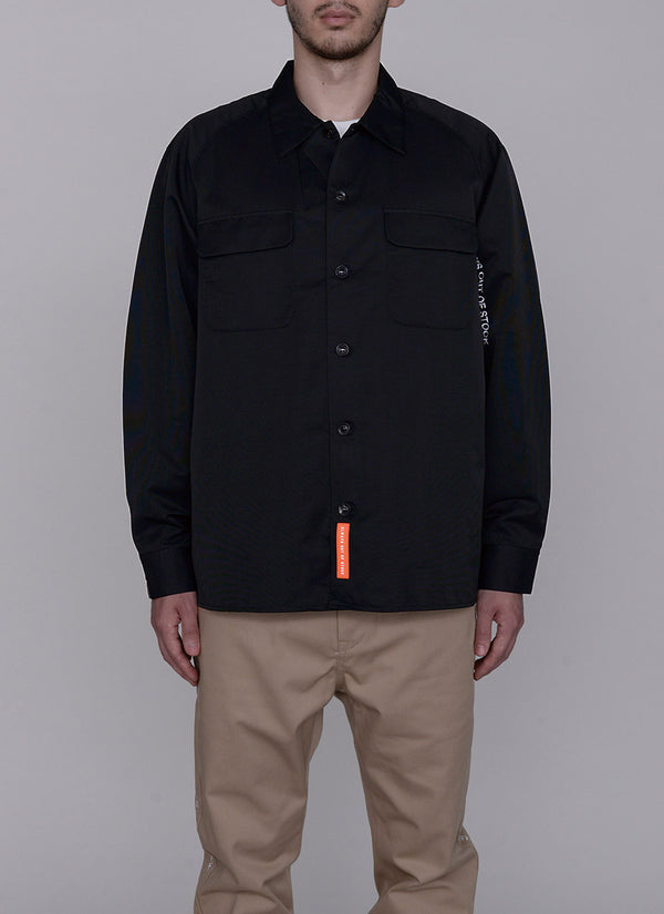 LOGO TUCK SHIRT-BLACK