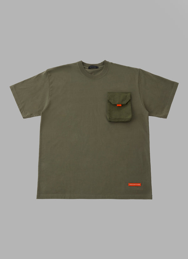 REMOVABLE POCKET TEE-OLIVE