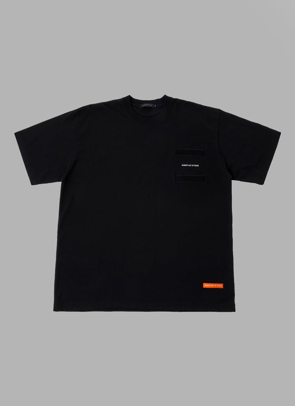 REMOVABLE POCKET TEE-BLACK