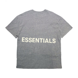 【FOG ESSENTIALS】FOG BOXY GRAPHIC SS TEE LIGHT HEATHER