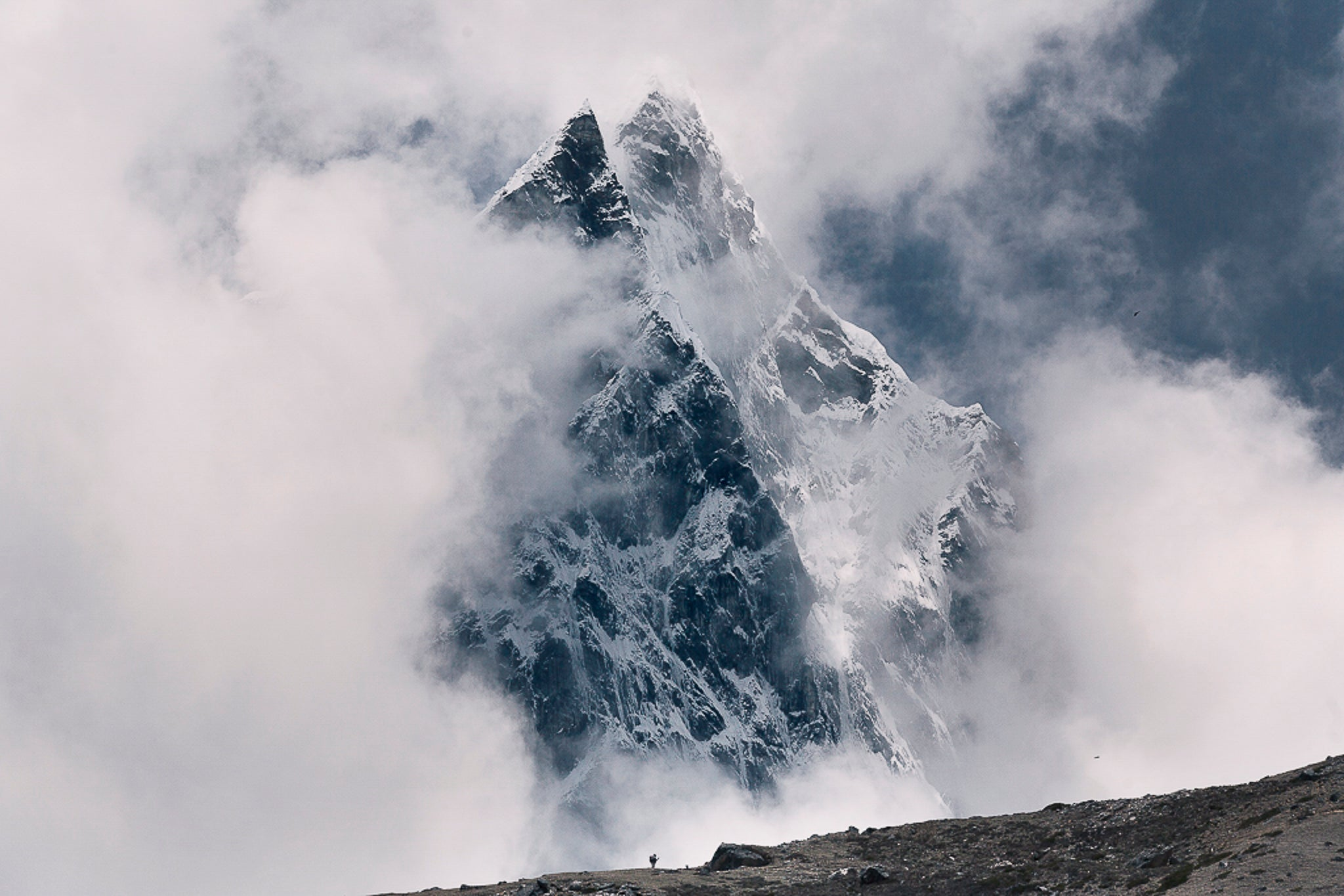 Climbing to Everest Base camp