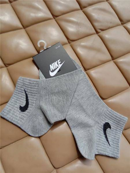 Nike Ankle No Show Socks a random Colors 10 pair