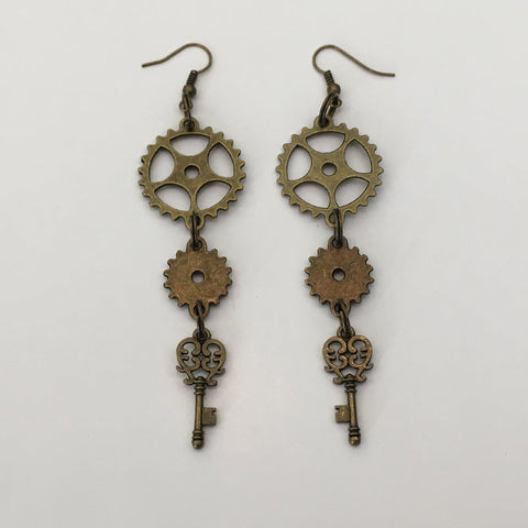 Key-cog-earrings-1_S1S7QYIJHMYM.jpg