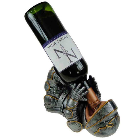 Knight-guzzler-wine-bottle-holder-1_SECV7H3CUAOM.jpg
