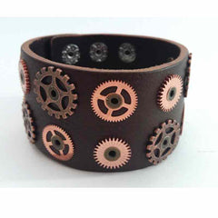 View Image of Leather-gear-bracelet_RYF9XW5F1VUW.jpg