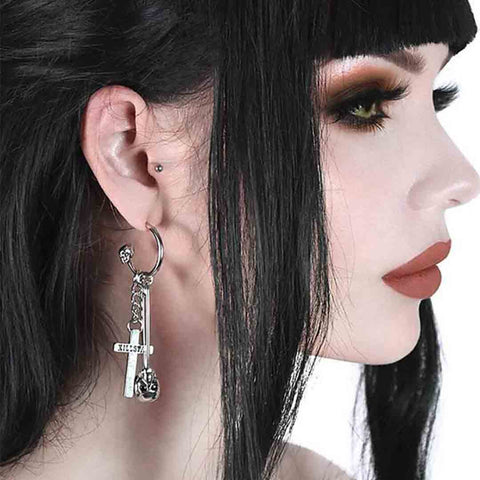 catacomb-earrings-1_SF372H16DY8O.jpg