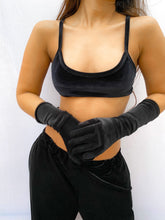 Load image into Gallery viewer, Reign Gloves Black