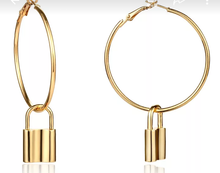 Load image into Gallery viewer, Round Drop Earrings
