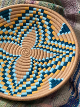 Load image into Gallery viewer, Tan + Blue Lily Moroccan Wool Basket Plate