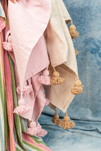 Load image into Gallery viewer, Moroccan Cotton Tassel Blankets