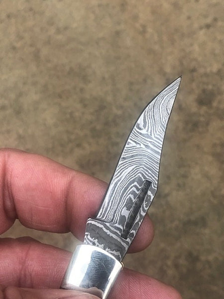 Craftsman made folding Lock Knife - Buffalo horn handle with Damascus blade / copper bolsters