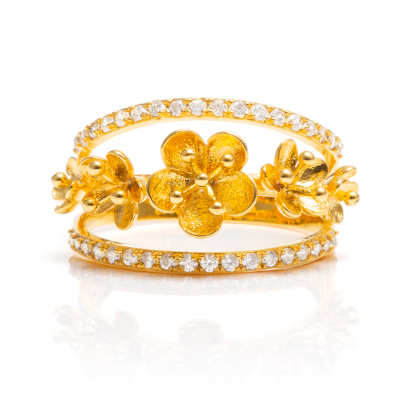 Plum Blossom Ring - Gold