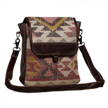 Load image into Gallery viewer, Myra INDIVIDUALIST MESSENGER BAG