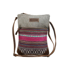Load image into Gallery viewer, Myra Simple Sober Small & Crossbody