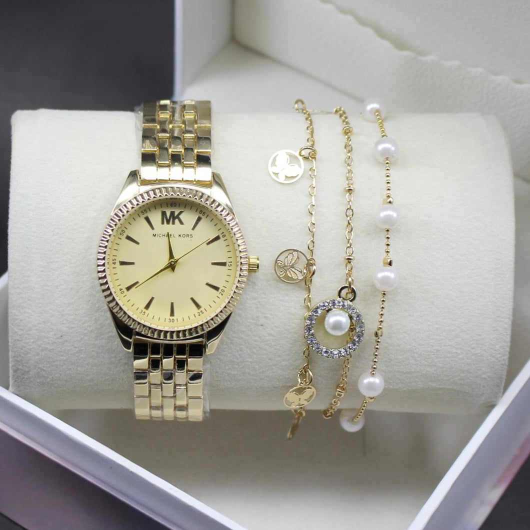 Golden Michael Kors Modern Style Ladies Wrist Watch
