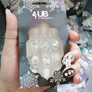 Ultra Beauty 3D Stone Nails White