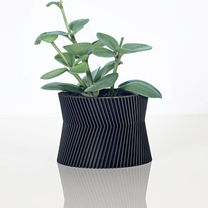 Matte Black Planter ° TORY °