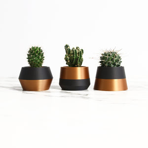 Set of 3 Planters ° Z3KO ° . Matte Black / Copper